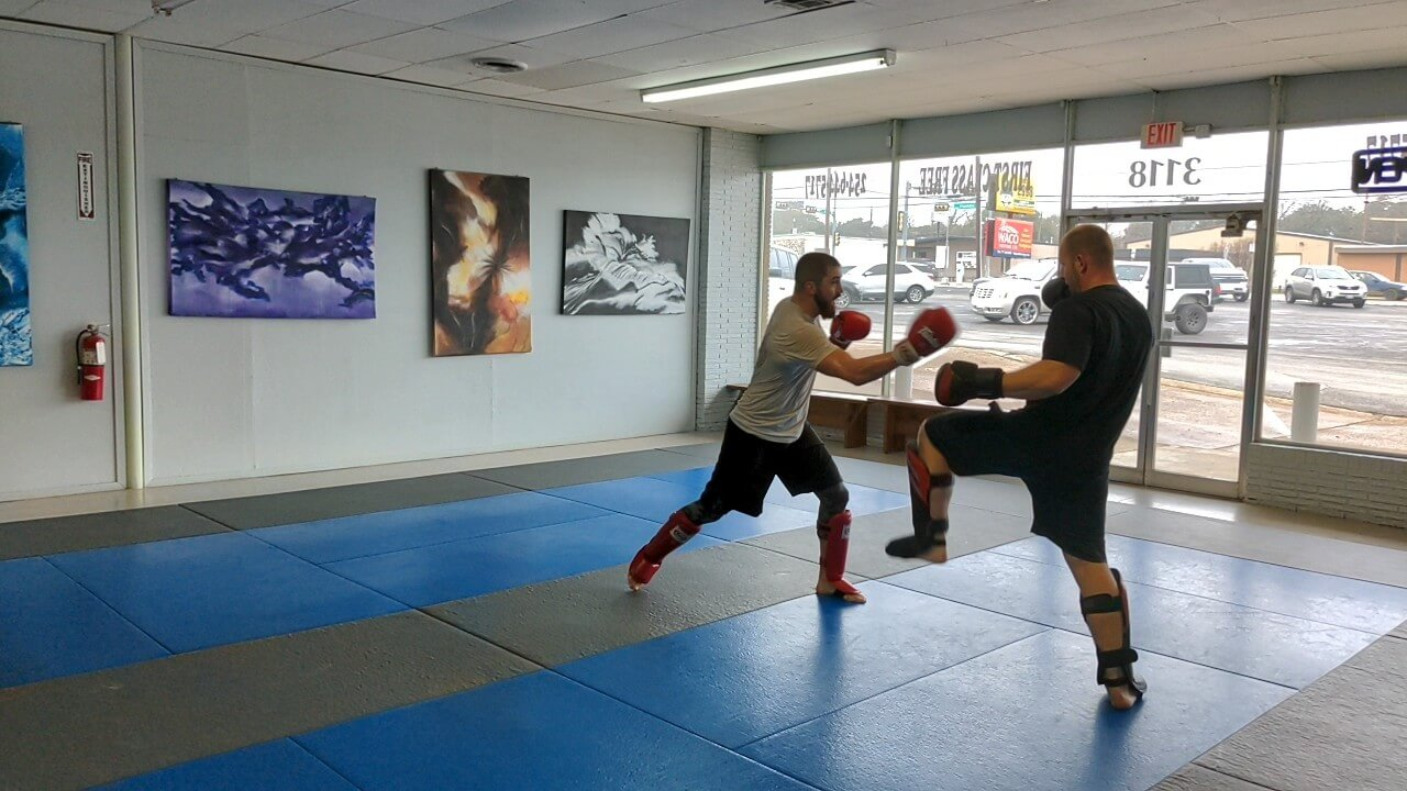 Muay Thai and kickboxing sparring session at Select Jiu Jitsu